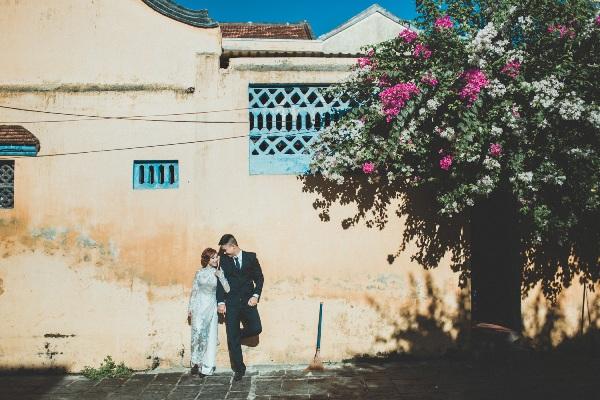 chụp ảnh cưới ngoại cảnh tại Hội An
