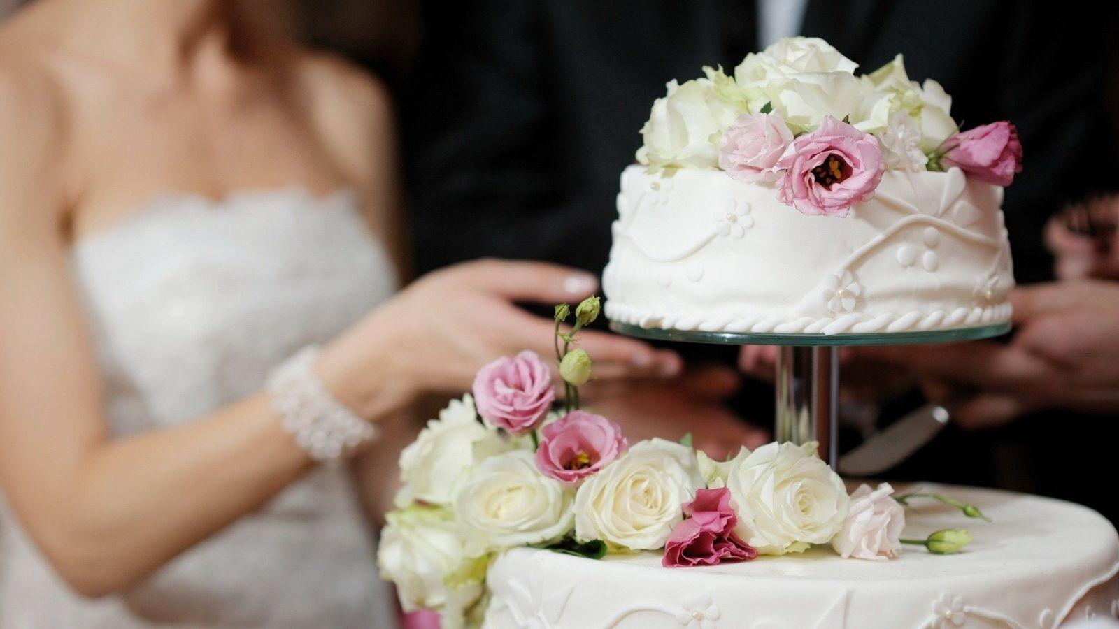 Ý nghĩa nghi thức cắt bánh cưới