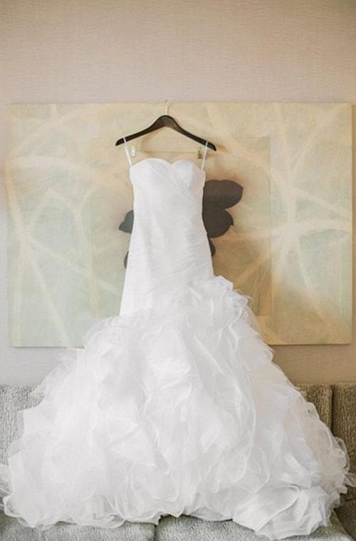 Chiếc váy cưới trắng tinh, thiêng liêng đã sẵn sàng cho ngày trọng đại