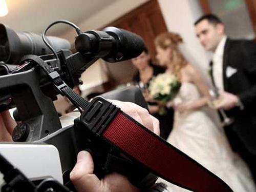 Chuẩn bị âm thanh quay phim phóng sự cưới