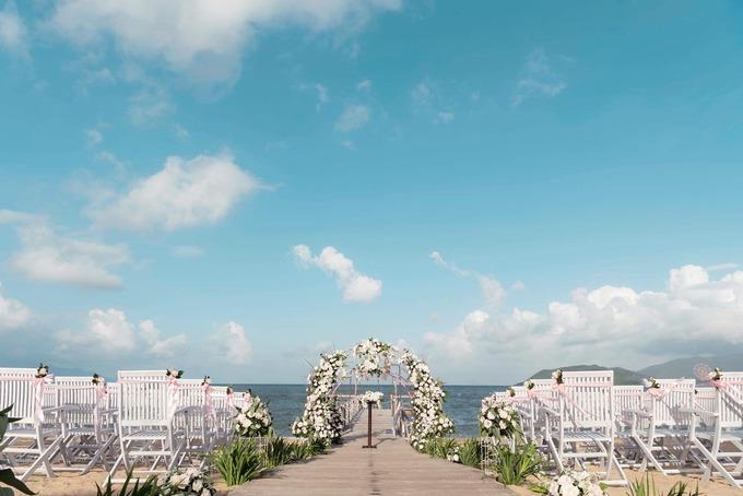 chụp hình cưới trên bãi biển